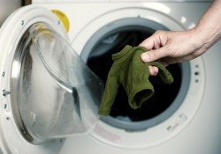 How to resize shrunken clothes